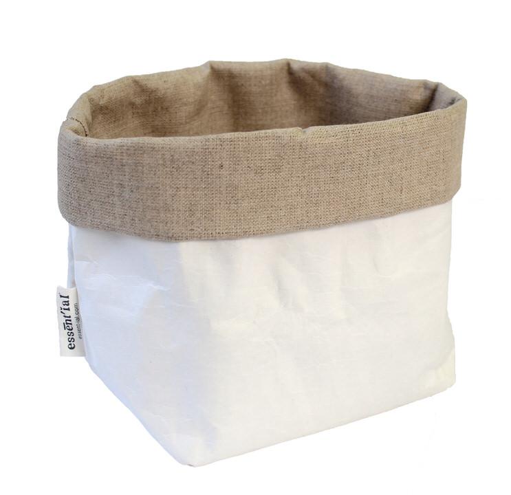 リサイクル素材からうまれた収納バッグ