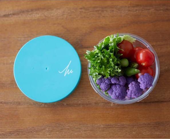 パリッとした食感のまま持ち運べる。機能的なサラダケース