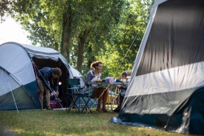 自然体で楽しめる庭キャンプ