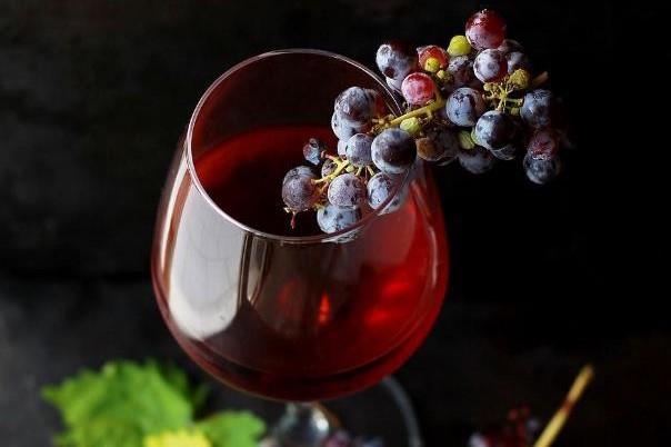 オーガニック赤ワイン