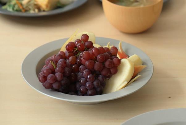 フルーツを盛ってもおしゃれなパスタプレート