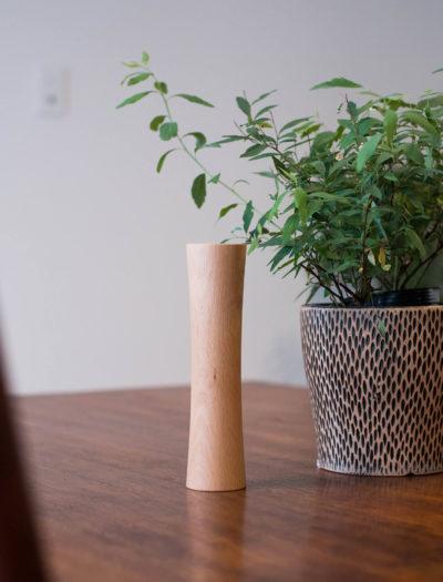 生活空間に溶け込む木製のダンベル/MOKKIN(木筋) 1.1kg