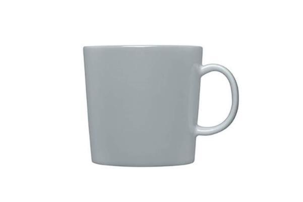 マグカップは大好きなドリンクをなみなみと注いで