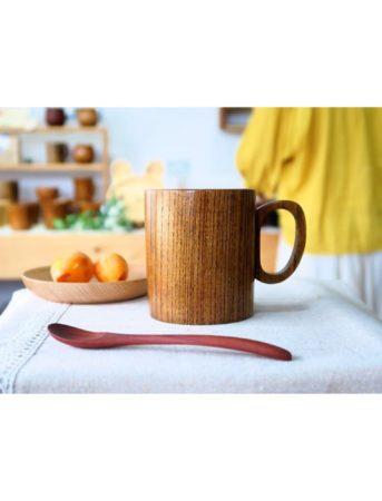 ナツメの木でできたマグカップ
