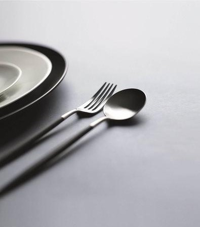 どんな食器にも似合うシンプルなフォルム