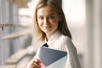 副業を始めたい人は必見!始める前に知っておきたい4つの知識