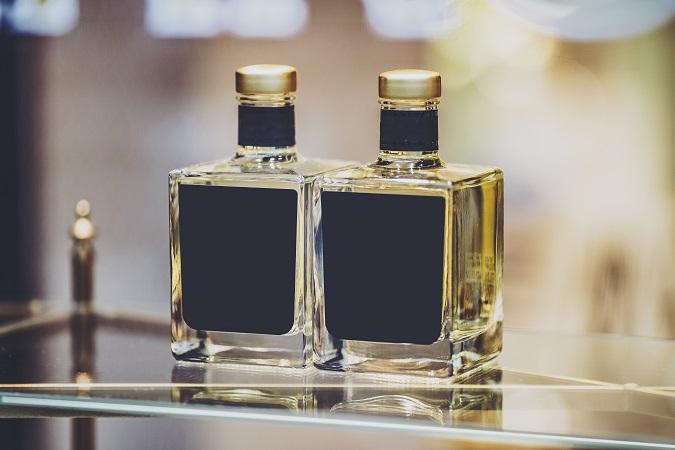 香水やフレグランスの形状は、3つ