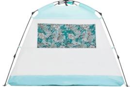 シェルターやテントを張るだけで、いつもと違う非日常空間になる