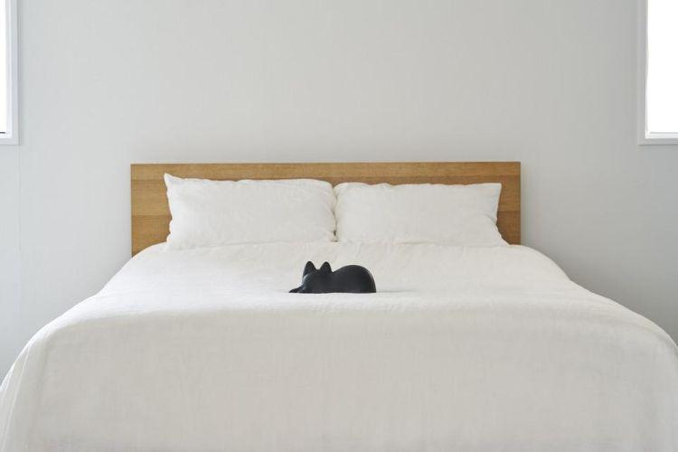 猫のオブジェと暮らす生活