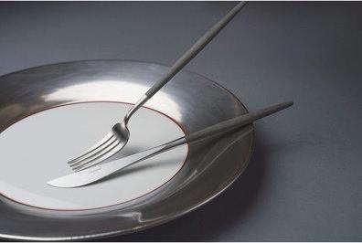 どんな食器と合わせるかで、食卓の風景がガラリと変わる
