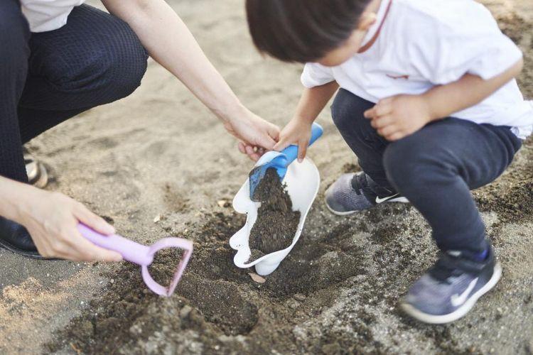 砂遊びや雪遊びのお供に
