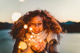 ポジティブになる方法3選。コツは「ポジティブな感情を増やす」こと