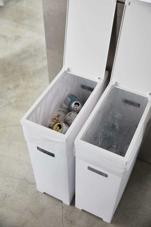 蓋付きゴミ箱はスリムで大容量