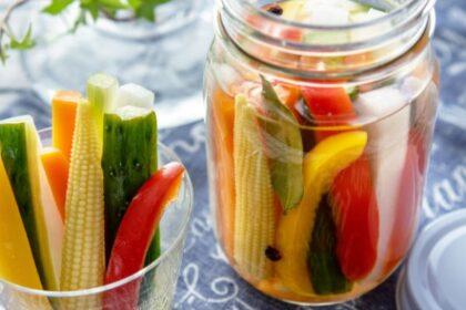 簡単でおいしいピクルスのレシピ。詳しい作り方やおすすめ食材、保存方法も紹介