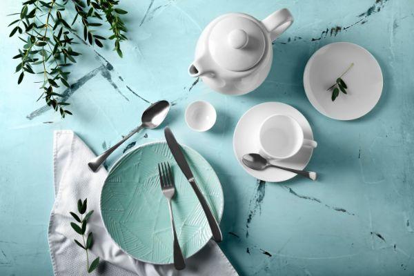 おしゃれな北欧食器で食卓に春色をプラス。春の陶器&テーブルウエア特集