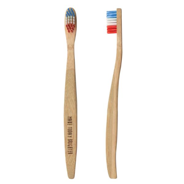 竹を使用した温かみのある歯ブラシ