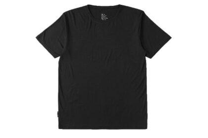 シンプルなのにおしゃれ。BOODYのメンズクルーネックTシャツ
