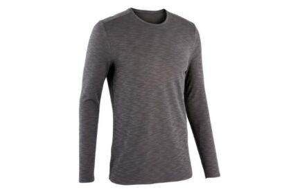 快適なランニングに欠かせない。デカトロンのランニング長袖Tシャツ