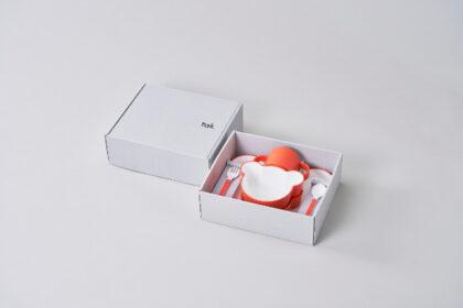 誕生日や記念日など特別な贈り物に。takの子供用食器セット