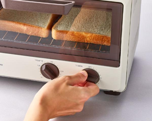 コンパクトで使い勝手抜群。機能性も大満足のオーブントースター