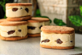 チーズ料理専門店RUNNY CHEESEの絶品スイーツ「レーズンチーズバターサンド」