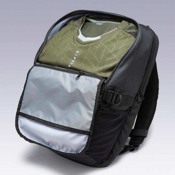 ポケットが充実。デカトロンの大容量バックパック