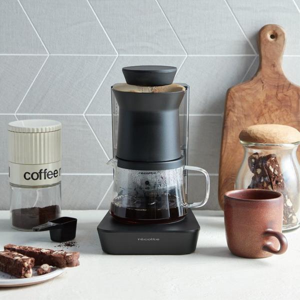 ムラのない美味しいコーヒーを堪能できるレインドリップ式